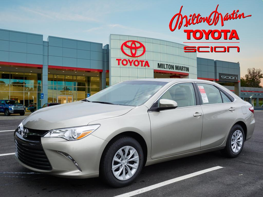 new 2017 toyota camry le le 4dr sedan in gainesville 35533 milton martin toyota. Black Bedroom Furniture Sets. Home Design Ideas