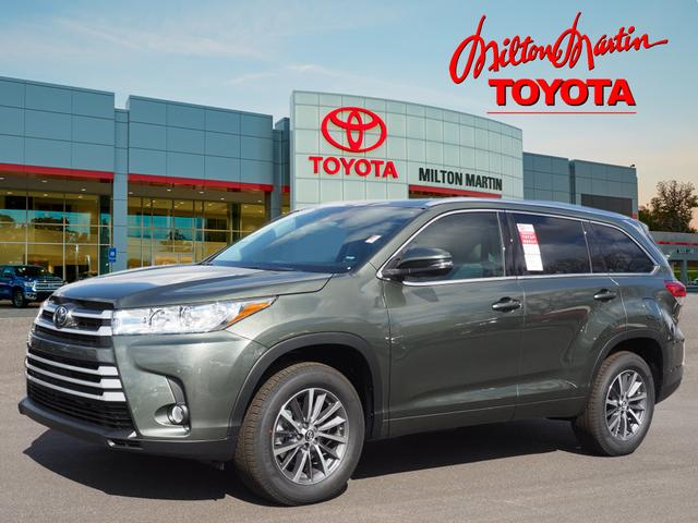 new 2017 toyota highlander xle xle 4dr suv in gainesville 37529 milton martin toyota. Black Bedroom Furniture Sets. Home Design Ideas